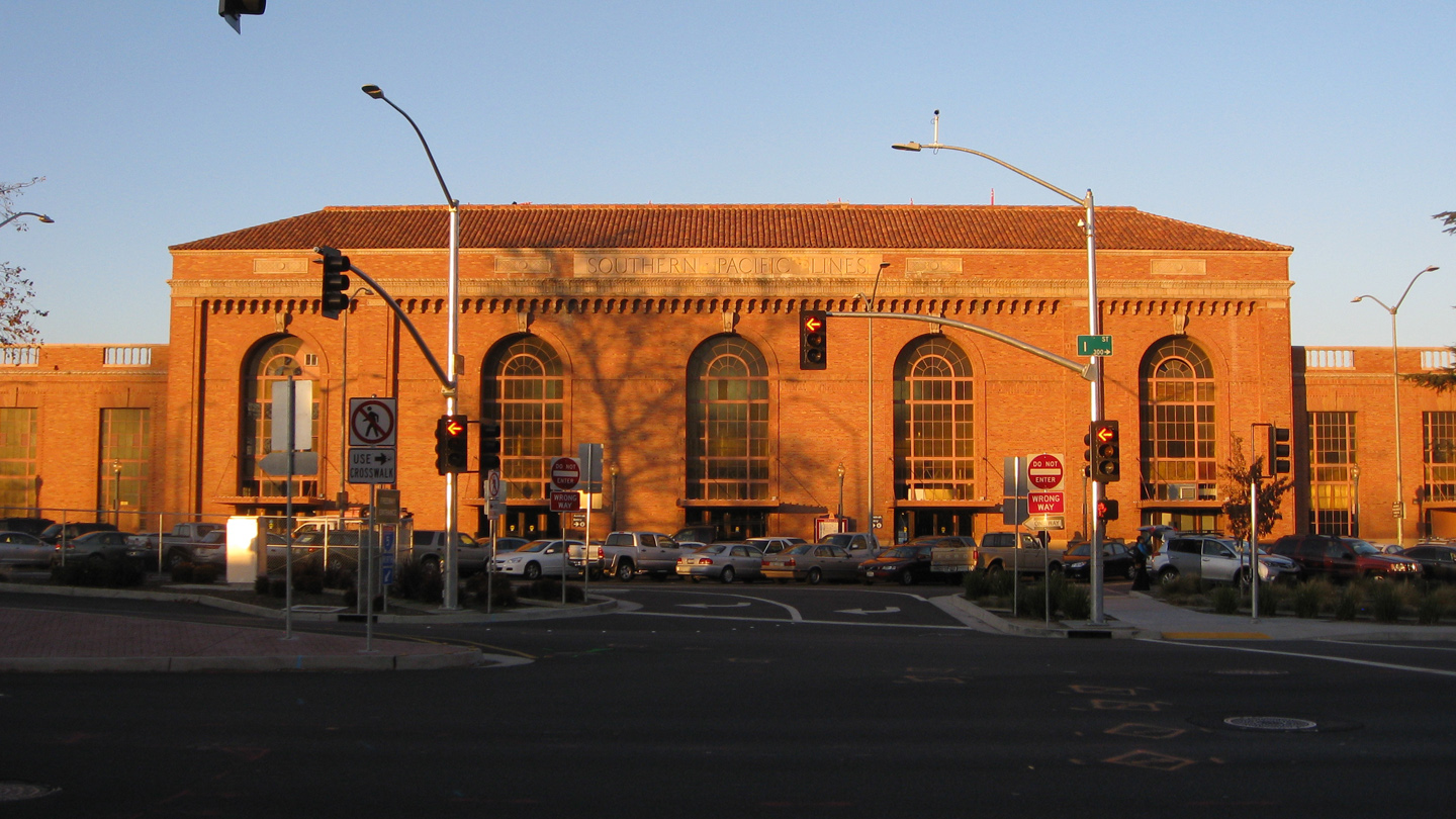 Sacramento Valley Station Depot exterior